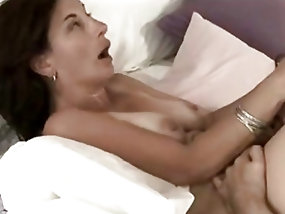 Imposing Mature screams so loud while being fucked this hard