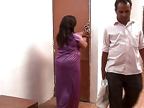 masturbates with hammer woman Wife girl