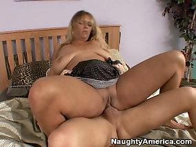 Black granny porn video
